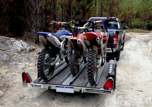 Erde_751_3_bike_trailer.JPG